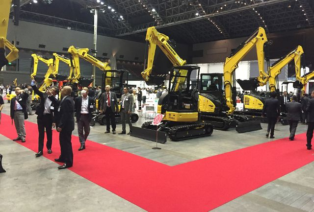 yanmar-centrum-global-convencion3.jpg